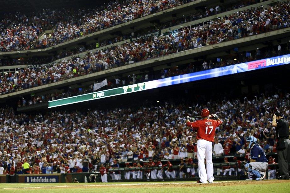 Nelson Cruz, un frappeur de puissance étoile.... (Photo Tony Gutierrez, AP)