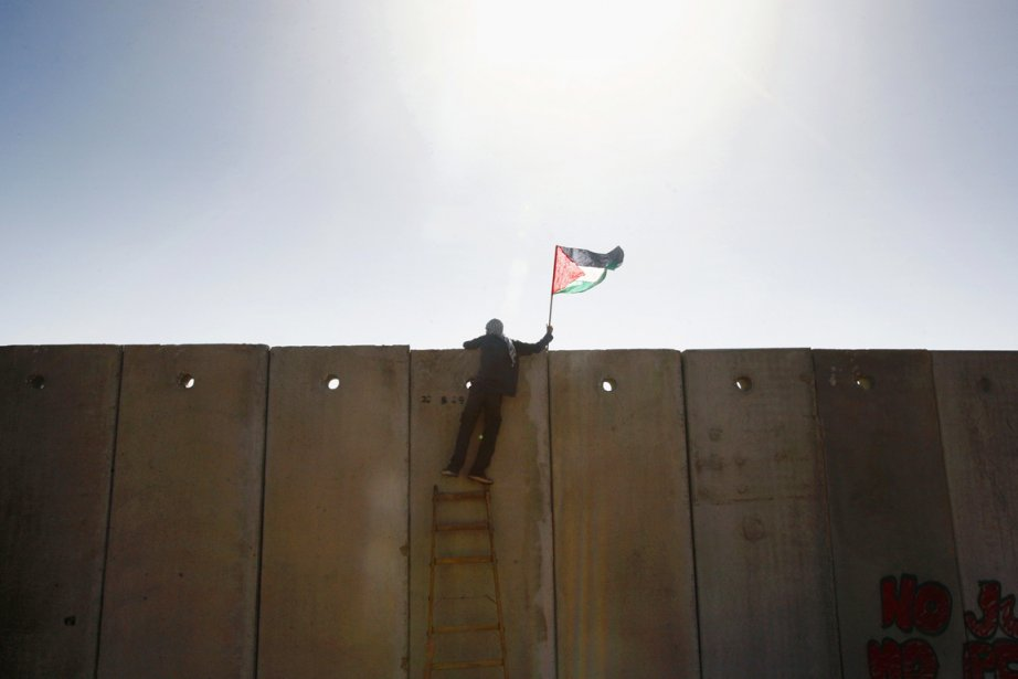 Les négociateurs israéliens ont proposé à leurs homologues... (PHOTO YANNIS BEHRAKIS, ARCHIVES REUTERS)