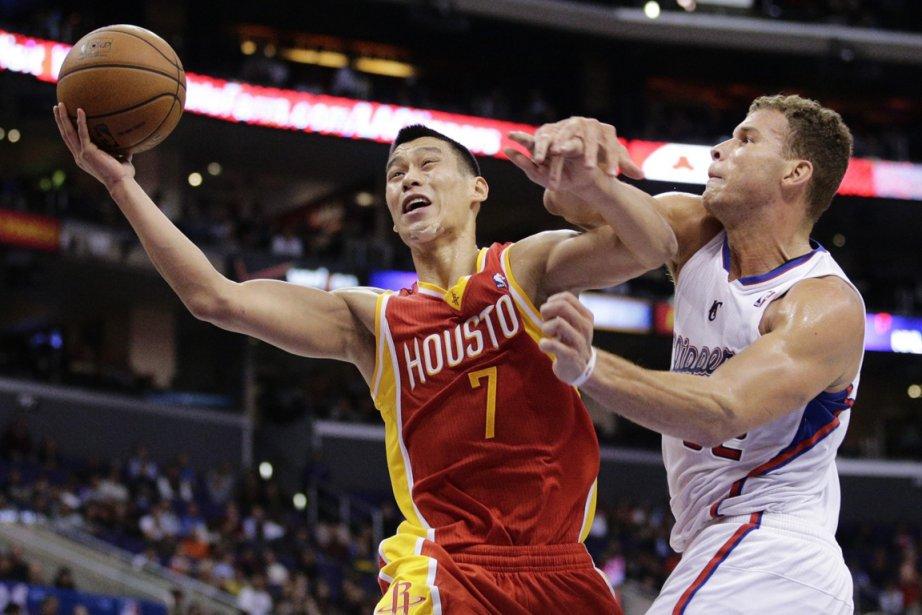 Jeremy Lin, des Rockets de Houston, et Blake... (Photo Jae C. Hong, AP)