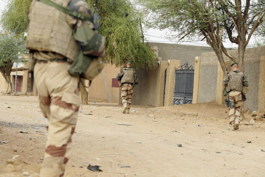 «Instruction a été donnée que 150 militaires partent... (PHOTO KENZO TRIBOUILLARD, ARCHIVES AFP)