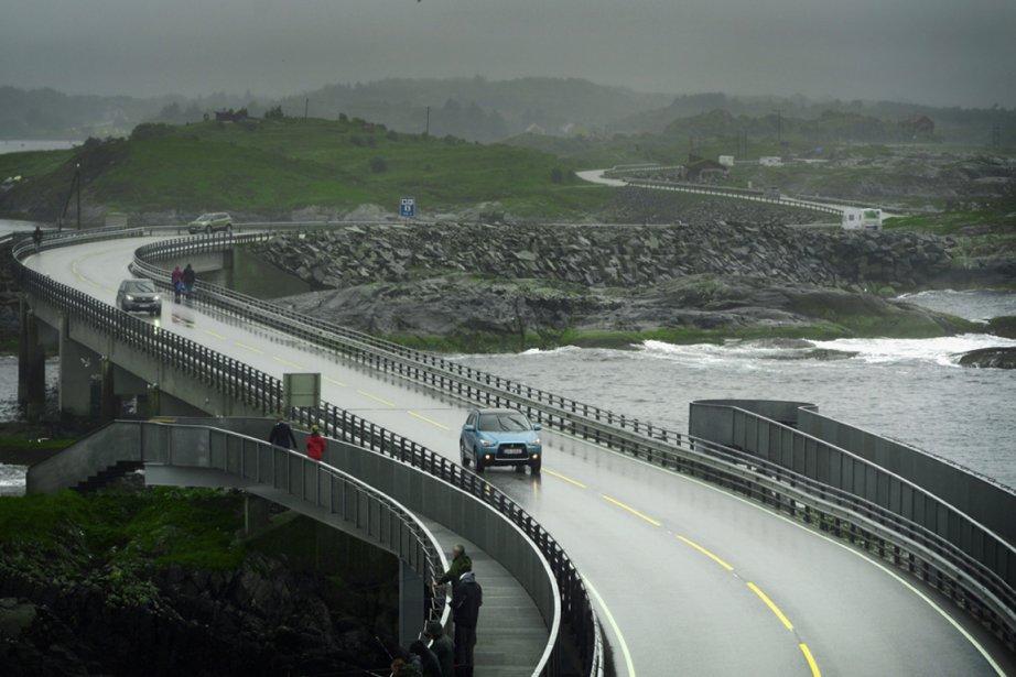 en images la route de l 39 atlantique en norv ge. Black Bedroom Furniture Sets. Home Design Ideas