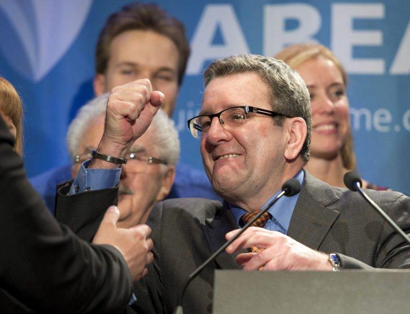 Le maire de Québec, Régis Labeaume, le soir... (Photo Jacques Boissinot, La Presse canadienne)