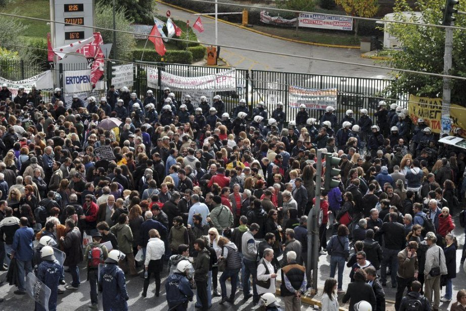 Aux premières heures de la matinée, la police... (Photo AFP)