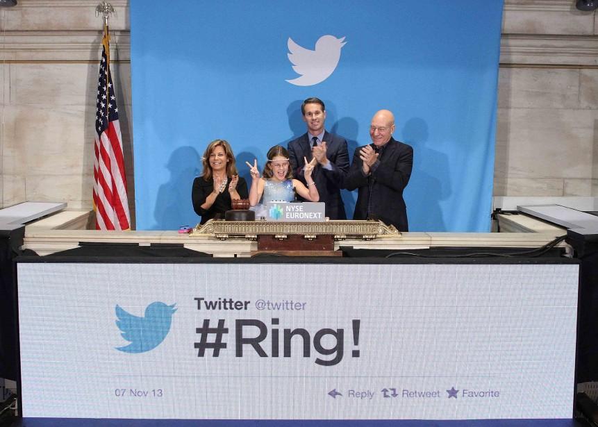 Twitter a fait son entrée en Bourse jeudi... (Photo Reuters)