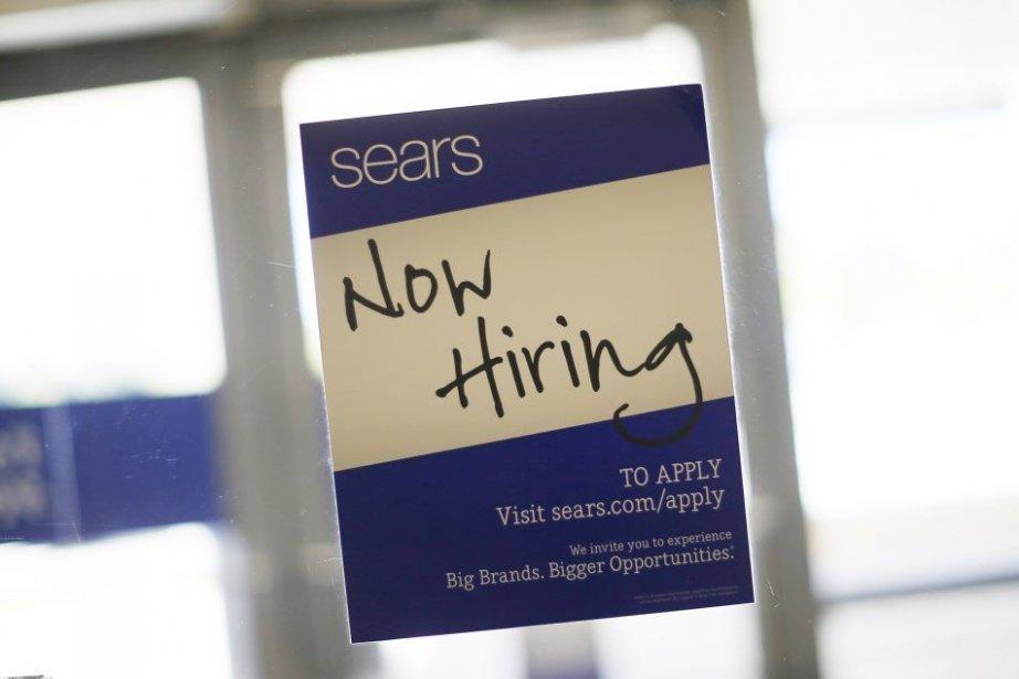 Les fortes créations d'emplois seraient «entièrement dues» à... (PHOTO JIM YOUNG, REUTERS)
