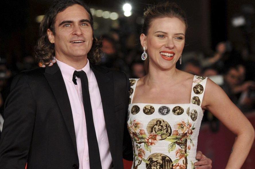Joaquin Phoenix et Scarlett Johansson à la première... (Photo: AFP)