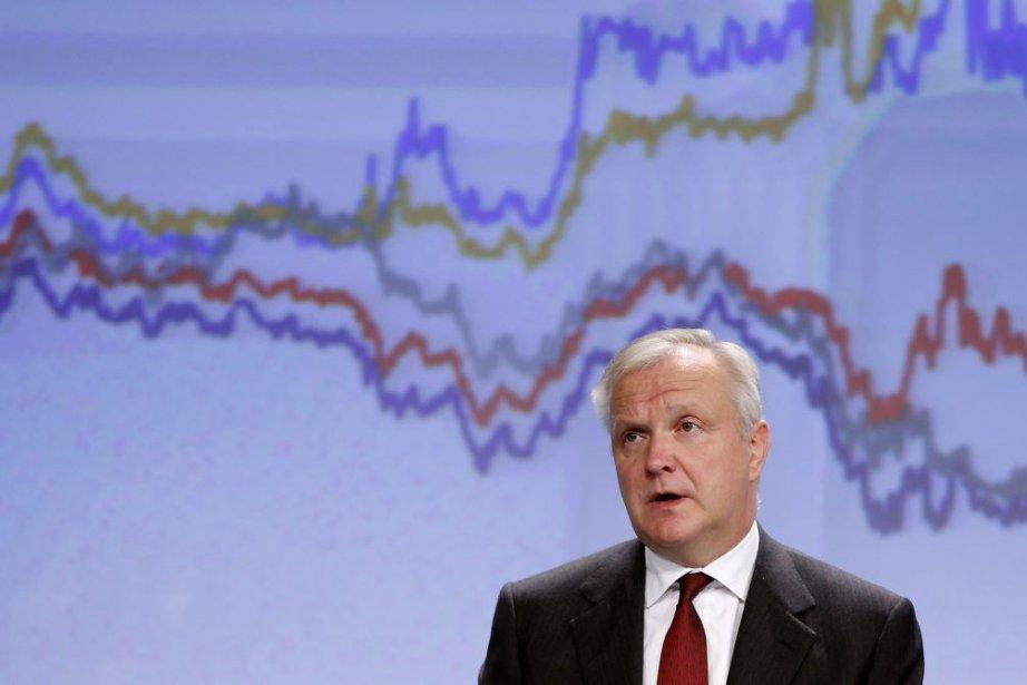 Le commissaire européen chargé des Affaires économiques Olli... (PHOTO FRANCOIS LENOIR, REUTERS)