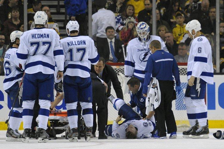 Steven Stamkos s'est fracturé le tibia lors du... (Photo: Reuters)