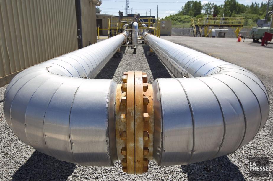 Enbridge a commencé à faire couler son pétrole... (PHOTO HUGO-SÉBASTIEN AUBERT, LA PRESSE)