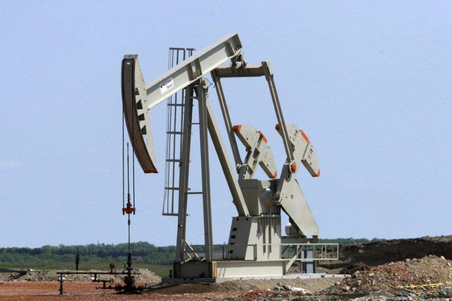 Le baril de «light sweet crude» (WTI) pour... (PHOTO KAREN BLEIER, AFP)