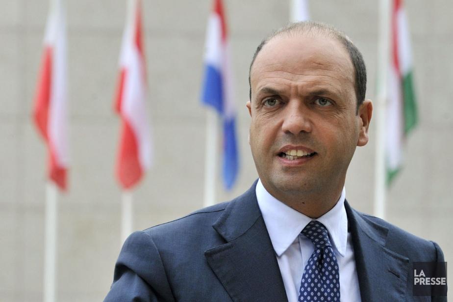 Le ministre de l'Intérieur et vice-premier ministreitalien Angelino... (Photo Georges  Gobet, La Presse)