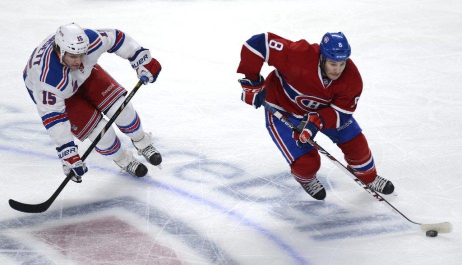 Brandon Prust (8) du Canadien face à Derek Dorsett des Rangers lors de la première période. (Photo Bernard Brault, La Presse)