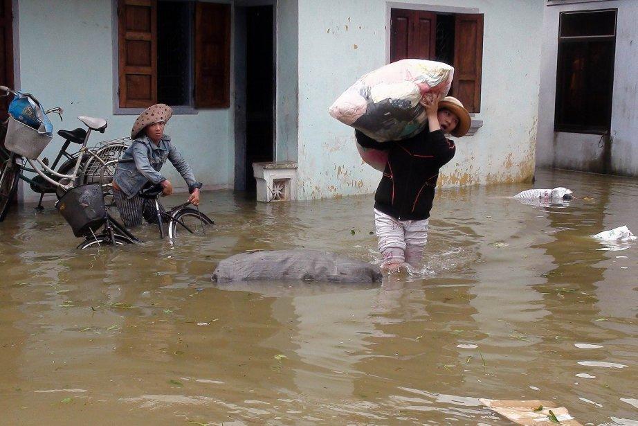 Les dégâts matériels étaient initialement estimés à au... (Photo Vietnam News Agency, AFP)