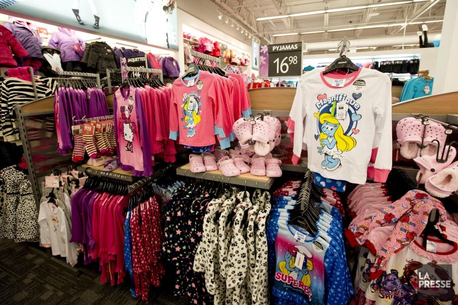 Vêtements pour filles dans un magasin l'Aubainerie.... (Photo Alain Roberge, La Presse)