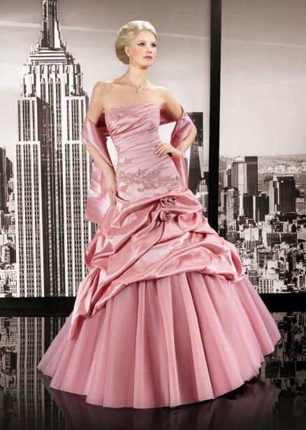 robes de mari e une saison 2014 haute en couleur mode. Black Bedroom Furniture Sets. Home Design Ideas