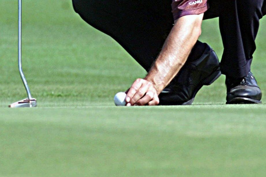 Les golfeurs ne seront plus pénalisés si leur balle bouge... (Photo archives AP)
