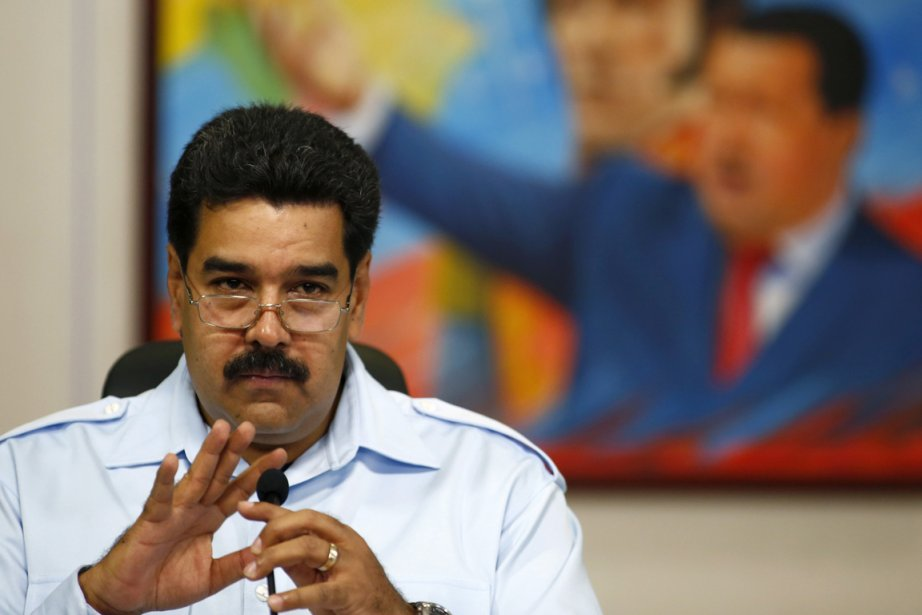 Le président Maduro avait présenté le mois dernier... (PHOTO JORGE SILVA, REUTERS)