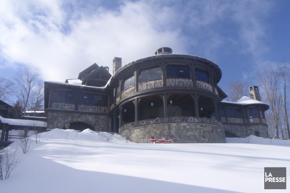 Le bâtiment principal du Lake Placid Lodge, un... (Photo Michel Marois, La Presse)