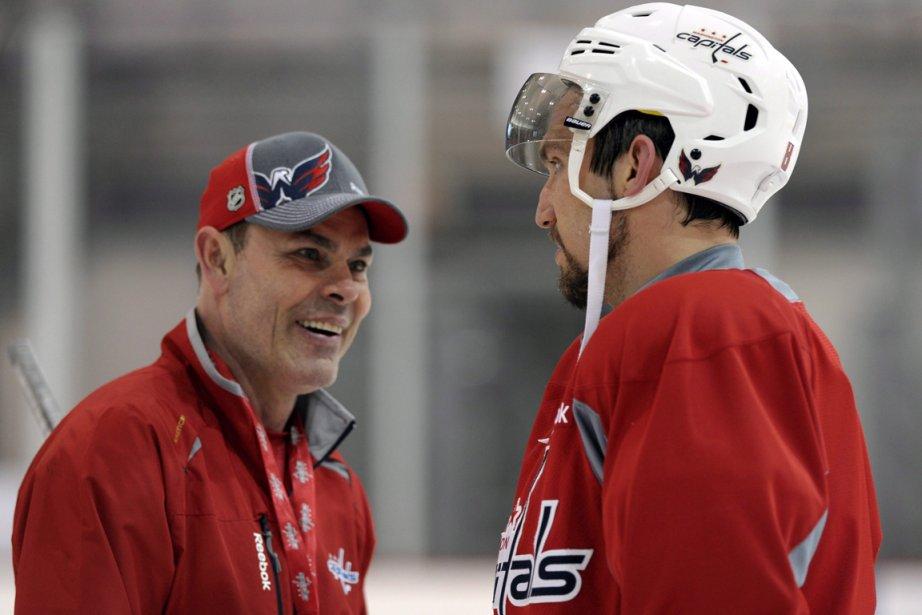L'entraîneur des Capitals Adam Oates a relancé la... (Photo Susan Walsh, AP)