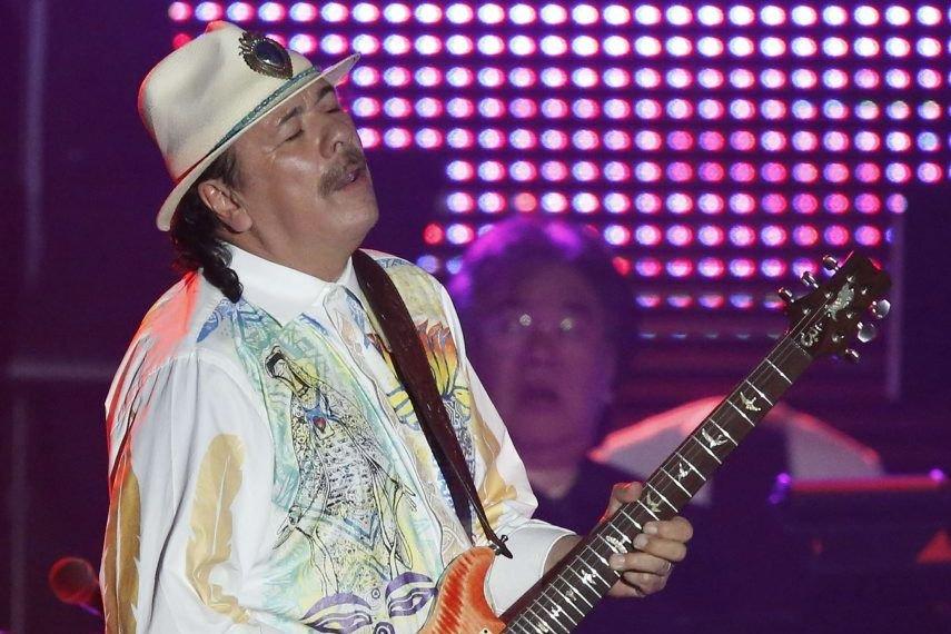 Carlos Santana... (Photo: Reuters)