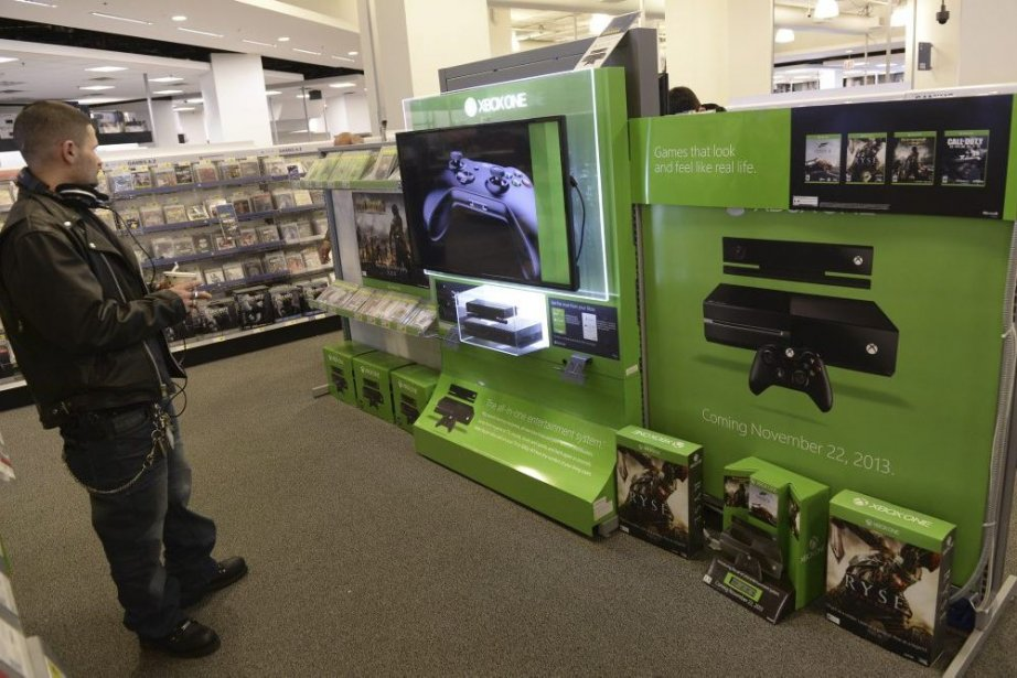 Le lancement de la nouvelle console Xbox One... (PHOTO TIMOTHY CLARY, AFP)