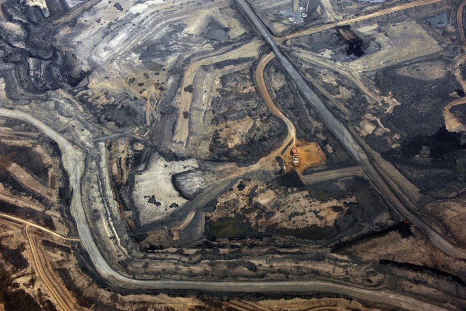 La mine de Syncrude, près de Fort McMurray,... (Photo Todd Korol, Reuters)