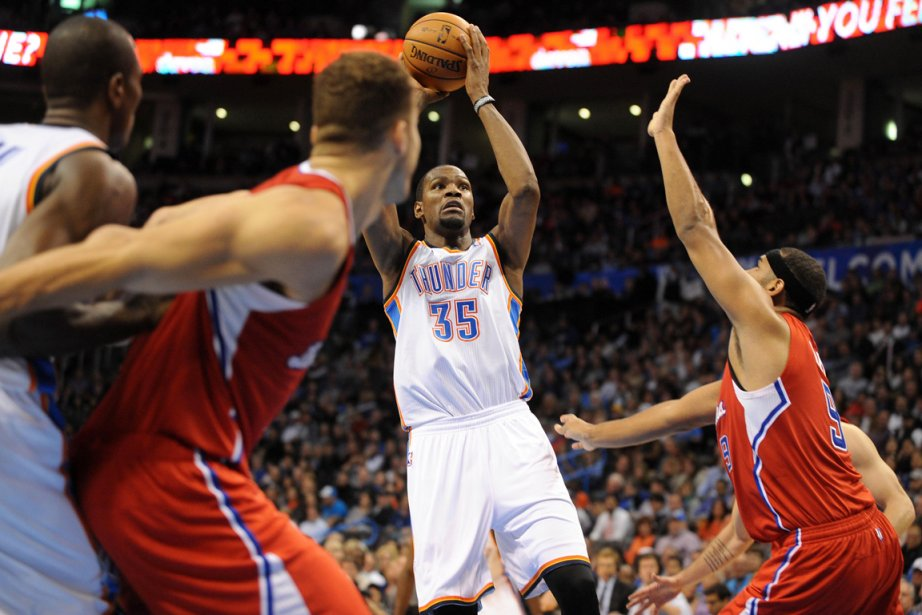 Kevin Durant (35) a inscrit 28 points dans... (Photo Mark D. Smith, USA Today)
