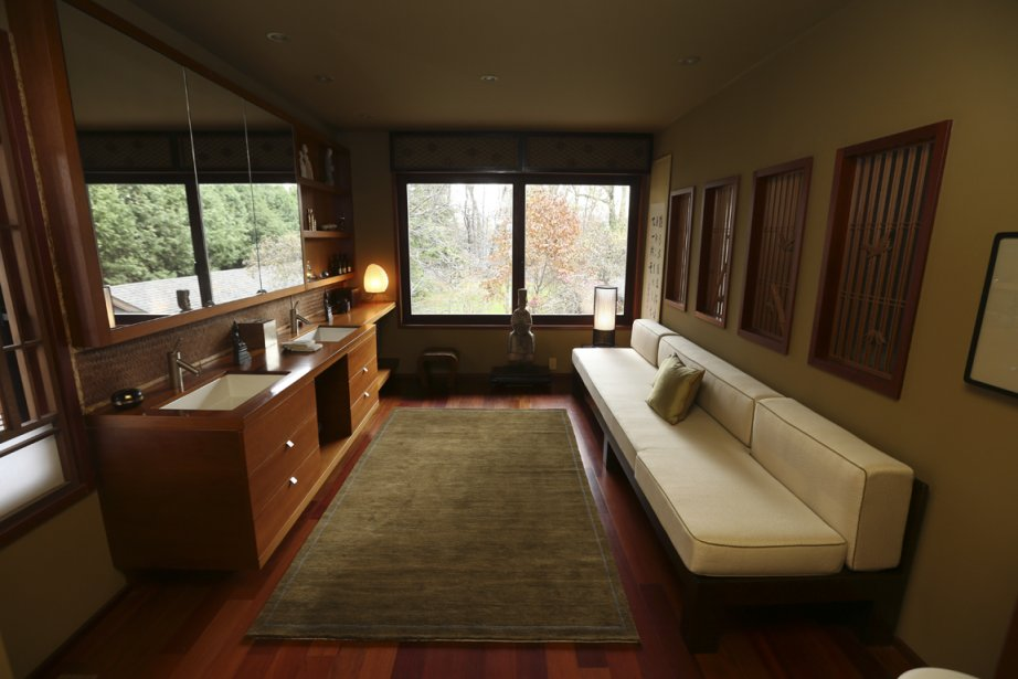 l 39 le bizard un style japonais plus vrai que nature. Black Bedroom Furniture Sets. Home Design Ideas