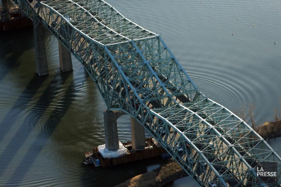 Le pont Champlain... (PHOTO MARTIN CHAMBERLAND, LA PRESSE)