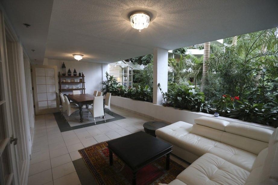 Montr al chaleur tropicale longueur d 39 ann e pierre for A la maison de pierre et dominique montreal