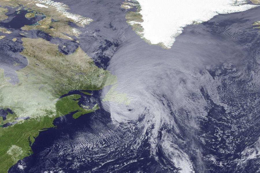 Bien que le nombre d'ouragans de force moyenne... (Photo Archives AFP)