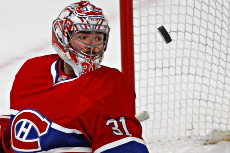 Carey Price suit la rondelle de yeux après un arrêt lors de la troisième période. (Photo Olivier Jean, La Presse)