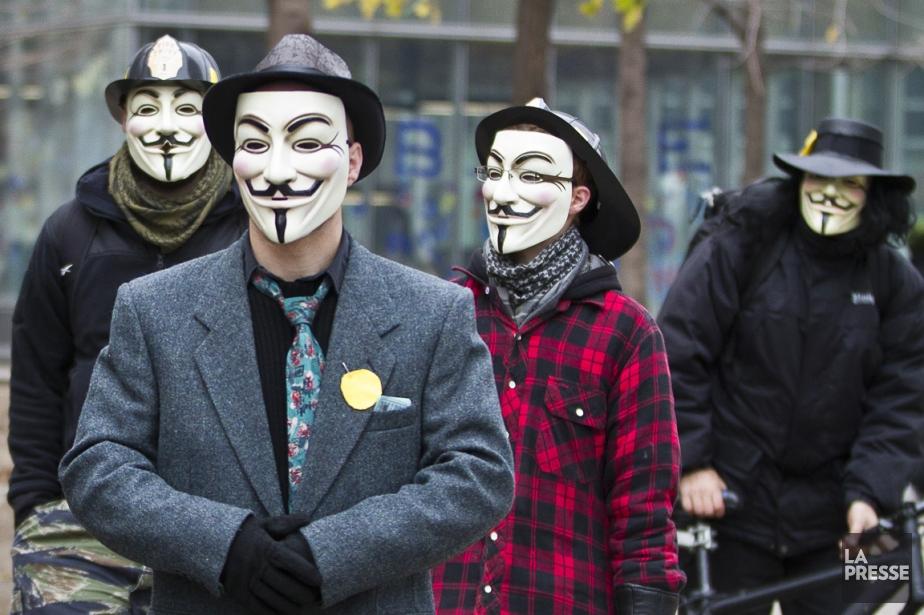 Les indignés d'Occupons Montréal et d'autres villes dans... (Photo Olivier Pontbriand, La Presse)