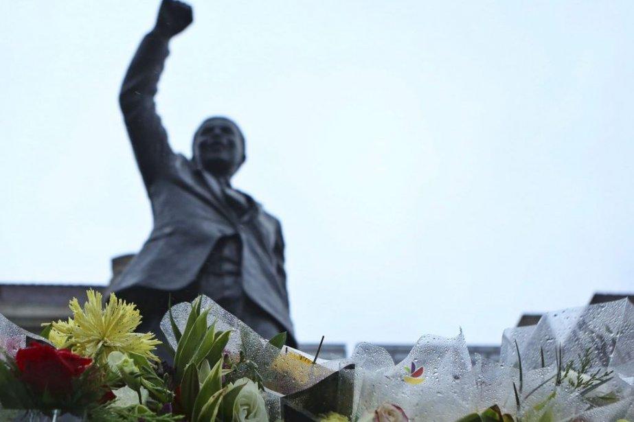 Le héros sud-africain de la lutte contre l'apartheid,... (Photo Reuters)