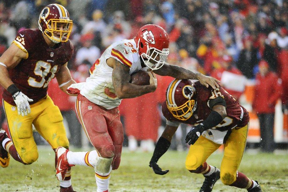 Knile Davis des Chiefs complétant un touché.... (Photo Brad Mills, USA Today Sports)