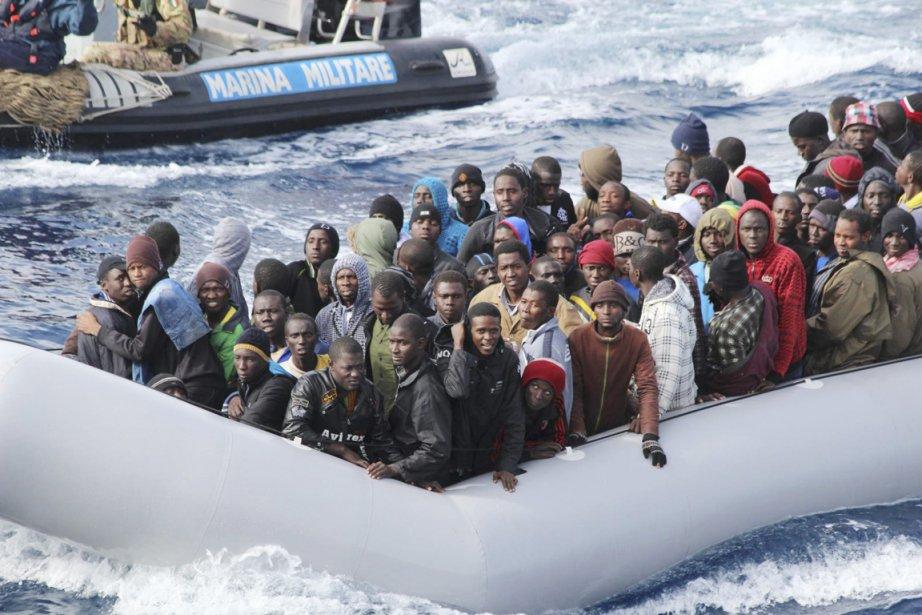 Évoquant l'opérationMare Nostrum, dans le cadre de laquelle... (PHOTO REUTERS/MARINE MILITAIRE ITALIENNE)