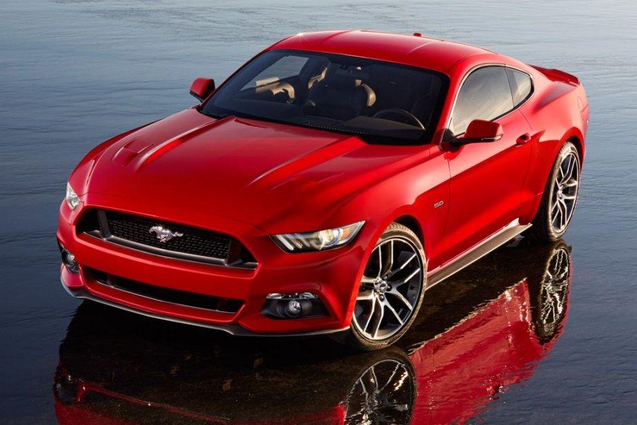 Le constructeur Ford dévoile ce jeudi le très attendu modèle Mustang 2015 qui...