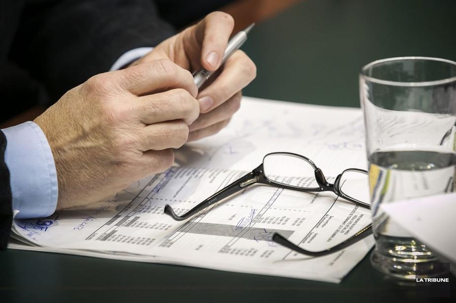 Les chambres de commerce inqui tes du budget 2014 for Chambre de commerce de sherbrooke