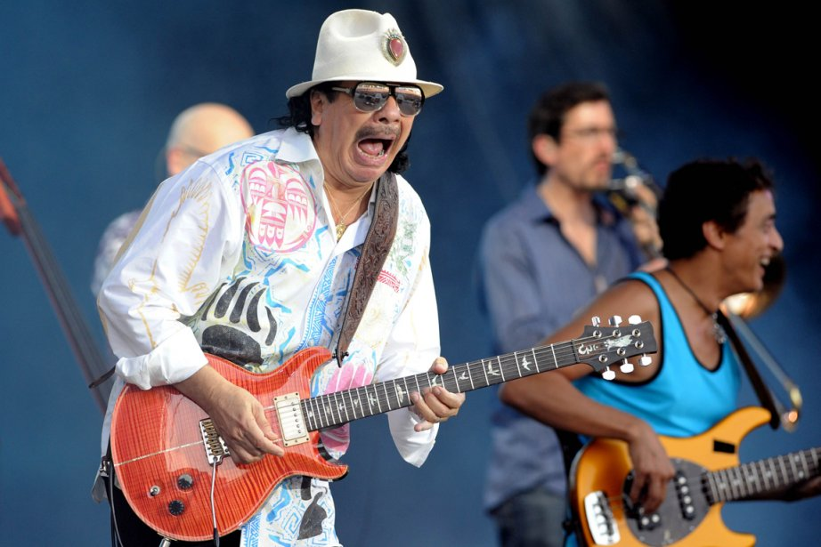 Carlos Santana... (PHOTO FRED TANNEAU, AFP)