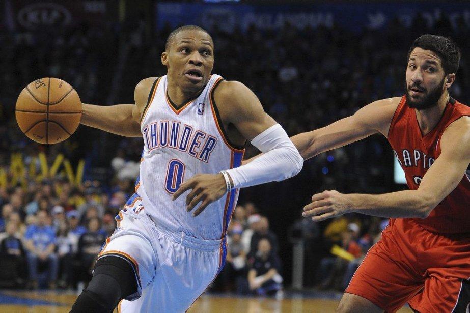 Ce revers fait glisser le Thunder, dernière équipe... (Photo AP)