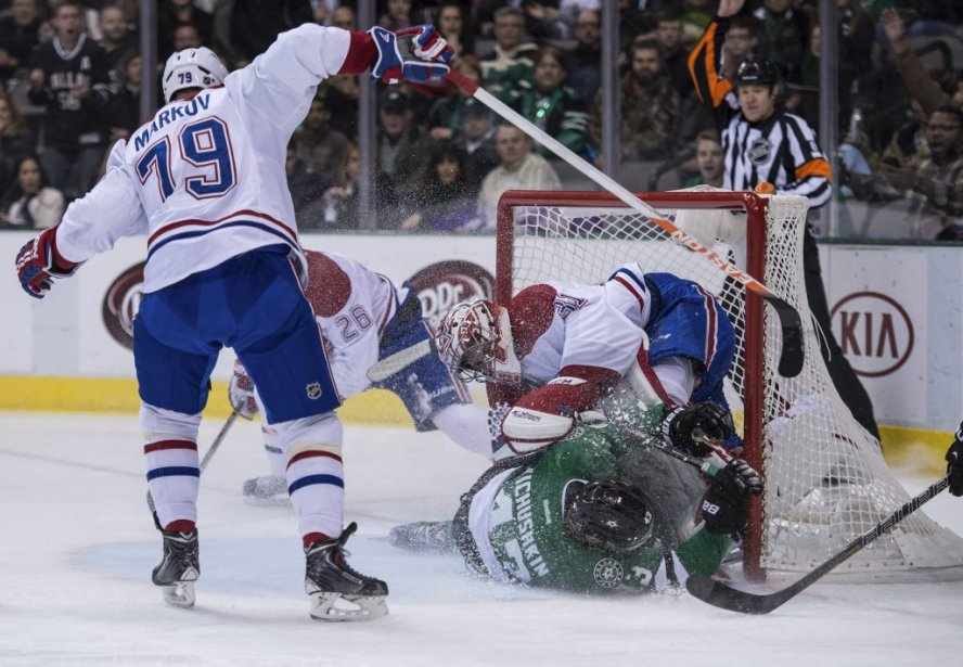 Valeri Nichushkin (43) de Stars face aux défenseur du Canadien Josh Gorges (26) et au gardien Carey Price (31) lors de la deuxième période. (Photo Jerome Miron, USA TODAY Sports)