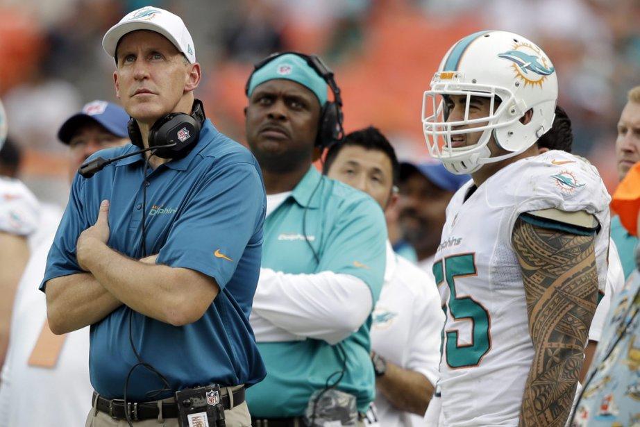 L'entraîneur-chef des Dolphins de Miami, Joe Philbin.... (Photo Lynne Sladky, AP)