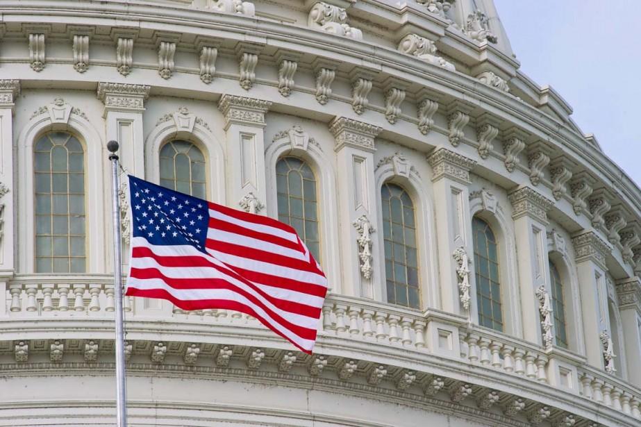 Les représentants ont adopté par 359 voix contre... (PHOTO KAREN BLEIER, ARCHIVES AFP)