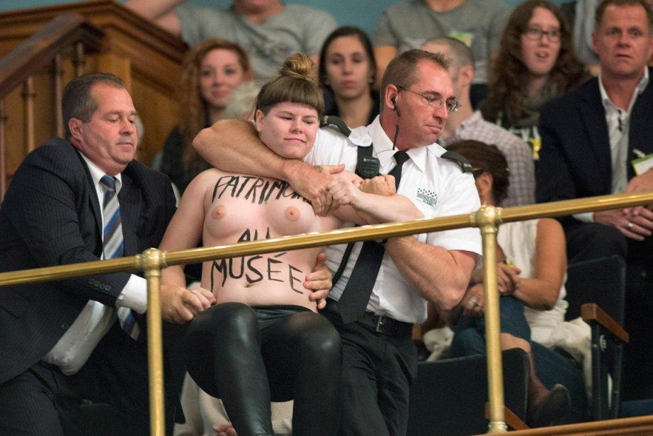 Des Femen ont manifesté en octobre 2013 dans... (PHOTO ARCHIVES LA PRESSE CANADIENNE)