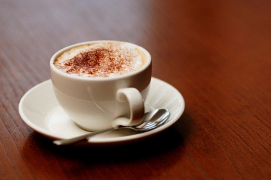 La consommation de caféine contribue à la... (PHOTO DIGITAL VISION/THINKSTOCK)