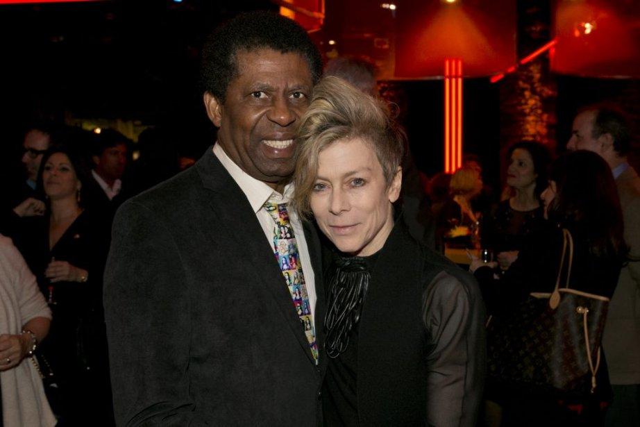 L'écrivain Dany Laferrière avec la danseuse et chorégraphe Louise Lecavalier. (Hugo-Sébastien Aubert, La Presse)