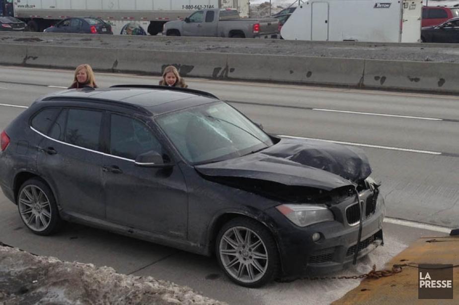 Deux dames qui roulaient dans une BMW X1... (Photo: Philippe Bonneville/98,5FM/Cogeco Nouvelles, collaboration spéciale)