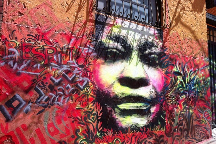 Il existe une facette aussi colorée qu'incontournable de Bogotá: ses graffitis. (VALÉRIE LESSARD, LeDroit)