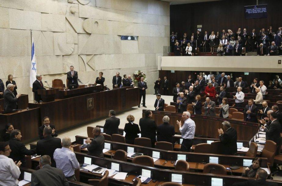 Stephen Harper s'adressant à la Knesset. (AFP)