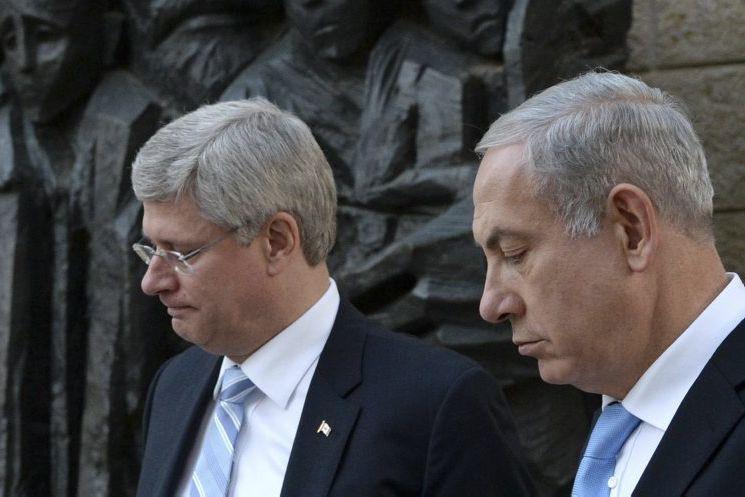 Stephen Harper en compagnie du premier ministre israélien,Benyamin... (Sean Kilpatrick)